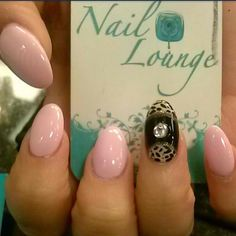 by @rosamnails #nails #naillounge #nailart...
