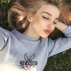 mix brown and pink for this lip