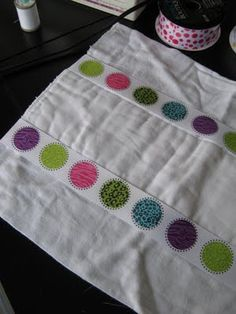 Burp cloth tutorial.