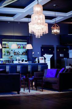 Viola Bar Wine Recipes, Chandelier, Ceiling Lights, Bar, Lighting, Food, Home Decor, Candelabra, Decoration Home