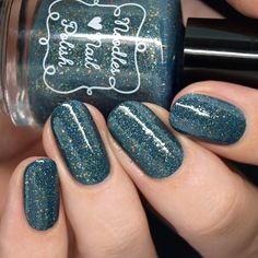 The Holo Hookup August Great Outdoors >> Nail Polish Society Holographic Nail Polish, Glitter Nail Polish, Holographic Glitter, Nail Polish Colors, Nail Polishes, Best Nail Polish, Gel Polish, Polish Holidays, Fashion Styles