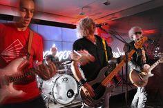 BANDOGS Live 19-05-16 at Swiss Corner Milano