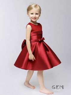 Children dress girls princess skirt red summer by PhoebeDressShop Wedding Flower Girl Dresses, Little Girl Dresses, Girls Dresses, Dama Dresses, Red Summer Dresses, Dress With Bow, Baby Dress, Beautiful Dresses, Look
