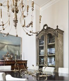 Evelyne Clinton dining room via Cote de Texas