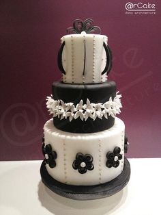 ...In bianco e nero... - Cake by @rcake