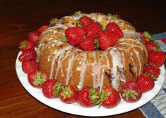 RECIPE: Strawberry-Blueberry Yogurt Cake