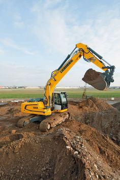 Liebherr 2013 Bauma - The new R 922 Crawler Excavator will be on display
