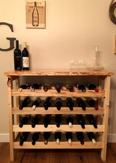 Put for these completely free Home-built violet rack plans to create beer rack specifically for your home or perhaps even something. Wine Shelves, Wine Storage, Pallet Wine, Rustic Wine Racks, Wine Rack Wall, Expensive Wine, Bottle Rack, Wine Cabinets, Wine Fridge