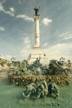 Fontaine des Girondins, Place Quinconces  - Bordeaux. http://www.fasthotel.com/aquitaine/hotel-bordeaux-artigues