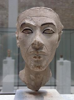 akhenaten berlin museum..he looks like this brother that I use to go to the church with that I use to go to growing up..lol