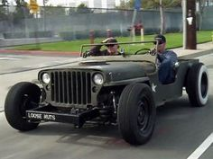 Rat Rod Jeep- I don't know what to say about this!!