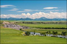 Missouri River, farmland and Highwood Mountains view from scenic overlook on Highway 87 south of Fort Benton, Montana. Wonderful Places, Beautiful Places, Montana Homes, Missouri River, Big Sky Country, Mountain States, Beautiful Sky, Great Pictures, Wyoming