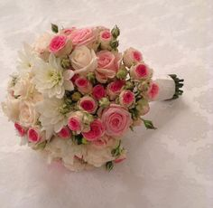 White and shades of pink bouquet