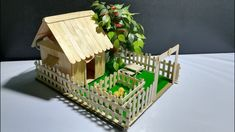 How to make a small Popsicle Stick House Tutorial - Building Popsicle Fa...
