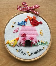 """Embroidered hoop art""""New Home"""""""
