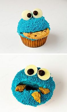 """Is this """"Pastryism"""" Cakey Cookie Monster eating himself...⁇"""