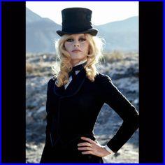 bridgitte bardot top hat