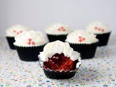 Objetivo: Cupcake Perfecto.: Por fin me he decidido a hacerlos: Red Velvet Cupcakes!!!