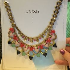 Fanella Statement! Final reduction or keeping! Gorgeous! In box! The links in the back look like they have tarnished a little but this is in perfect condition and links don't show when wearing. Stella & Dot Jewelry Necklaces