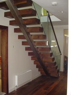 Thames Valley Forge & Fabs - Staircase Gallery