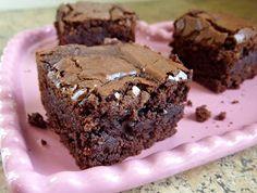beurrista: chewy, fudgy, triple chocolate brownies