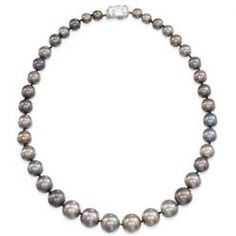 Christie's London Sets World Record Price for #Pearl Sale