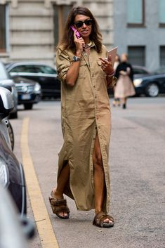street style: Milan Fashion Week Spring 2015... ...... Also, Go to RMR 4 awesome news!! ...  RMR4 INTERNATIONAL.INFO  ... Register for our Product Line Showcase Webinar  at:  www.rmr4international.info/500_tasty_diabetic_recipes.htm    ... Don't miss it!