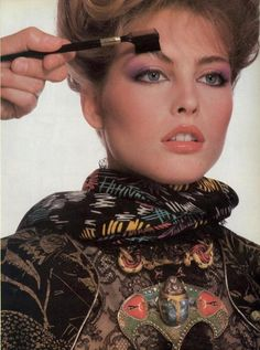 """""""Beauty Collection 1980 : A Change At Night"""", Vogue US, October 1980Photographer : Irving PennModel : Kim Alexis"""