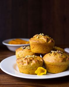 Eggless Mango Muffins Recipe - easy, healthy muffins made from mango, whole wheat flour and condensed milk. The best part of this recipe is its quick. Eggless Banana Muffins, Mango Muffins, Chocolate Muffins, Muffin Recipes, Cupcake Recipes, Egg Free Muffins, Best Cinnamon Rolls, Mango Cake, Simple Muffin Recipe