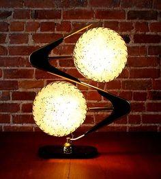 Mid Century classic Majestic boomerang table lamp fiberglass dual drum shades