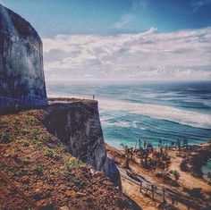 40 Cool things to do in Uluwatu, Jimbaran and Bukit Peninsula in Bali that aren't just surfing! Jimbaran, Bali Baby, Hidden Beach, Most Beautiful Beaches, Beautiful Places, Free Things To Do, Bali Travel, Bagan, Natural Wonders