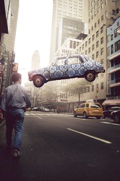 #photography #car #street #fly #voiture #rue #lévitation #levitation #suspendu #noipic