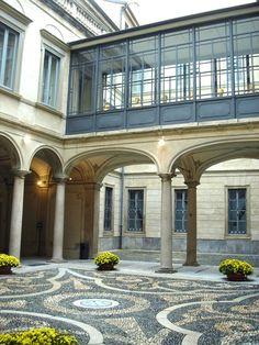 Palazzo Morando, via Borgonuovo, Milano
