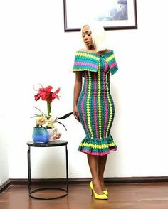 Wadup ladies, you've don't dress up looking boring, we have all the styles you need to appear beautiful and exciting with your Short African Dresses, African Print Dresses, African Print Fashion, Africa Fashion, African Fashion Dresses, Fashion Prints, Ankara Fashion, African Prints, African Attire