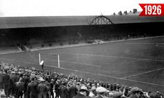 ♠ The History of Liverpool FC in pictures - Anfield throughout the years: 1903 to 2017 Liverpool Football Club, Liverpool Fc, This Is Anfield, Football Stadiums, Gone Fishing, Great Pictures, Old Photos, History, Sports