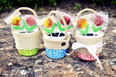 Upcycled Craft: May Day Baskets from How Does She
