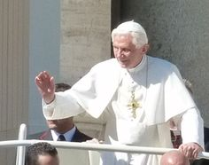 Christmas is more than a party, Pope explains :: Catholic News Agency (CNA)