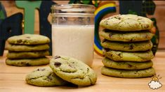 These easy mint chocolate chip cookies are a thing of beauty
