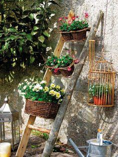 escalera con macetas http://patriciaalberca.blogspot.com.es/