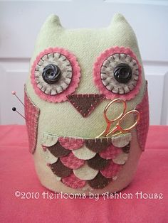 Owl Pincushion- with a little pocket! How did I not think of this?