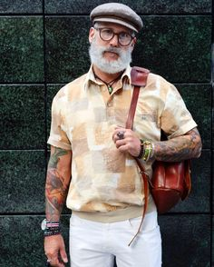 Mature Mens Fashion, Old Man Fashion, Stylish Men Over 50, Grey Beards, Awesome Beards, Bear Men, Hipster Outfits, Retro, Men Dress