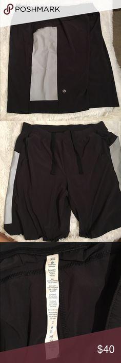 Men's lululemon shorts Men's lululemon shorts. Lightly used. Has reflective on the sides lululemon athletica Shorts Athletic