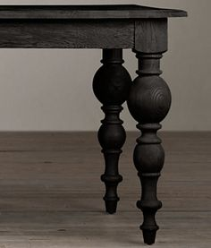 Grand Baluster Dining Table