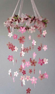 movil de flores.                                                                                                                                                     Más