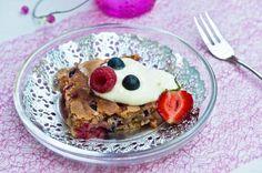 Helppo marjapiiras Joko, Pancakes, French Toast, Oatmeal, Berries, Breakfast, The Oatmeal, Morning Coffee, Rolled Oats