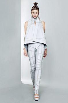 futuristic fashion - Google 検索