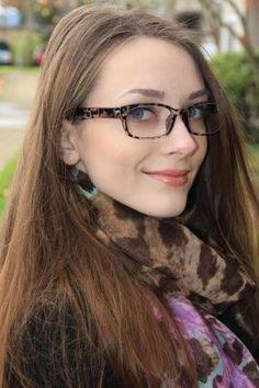 Eyeglass Styles for Women   Similar frame link: http://www.firmoo.com/eyeglasses-p-1017.html