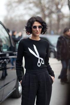 Jasmin in Scissors Sweater - Paris Fashion Week Style Fall 2013 Autumn Street Style, Street Chic, Paris Street, Paris Fashion, Winter Fashion, Street Fashion, Fashion Fashion, Vogue, Mein Style
