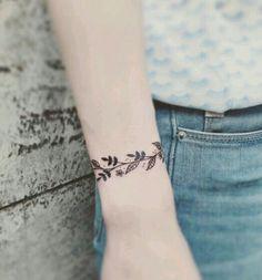 Leaves bracelet tattoo