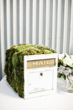 Old mail box drawer for cards at your wedding. Love it. Photography by msp-photography.com